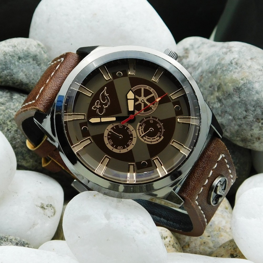 Metal Tag  Men's Quartz Outdoor Fashion Wrist Watches 389